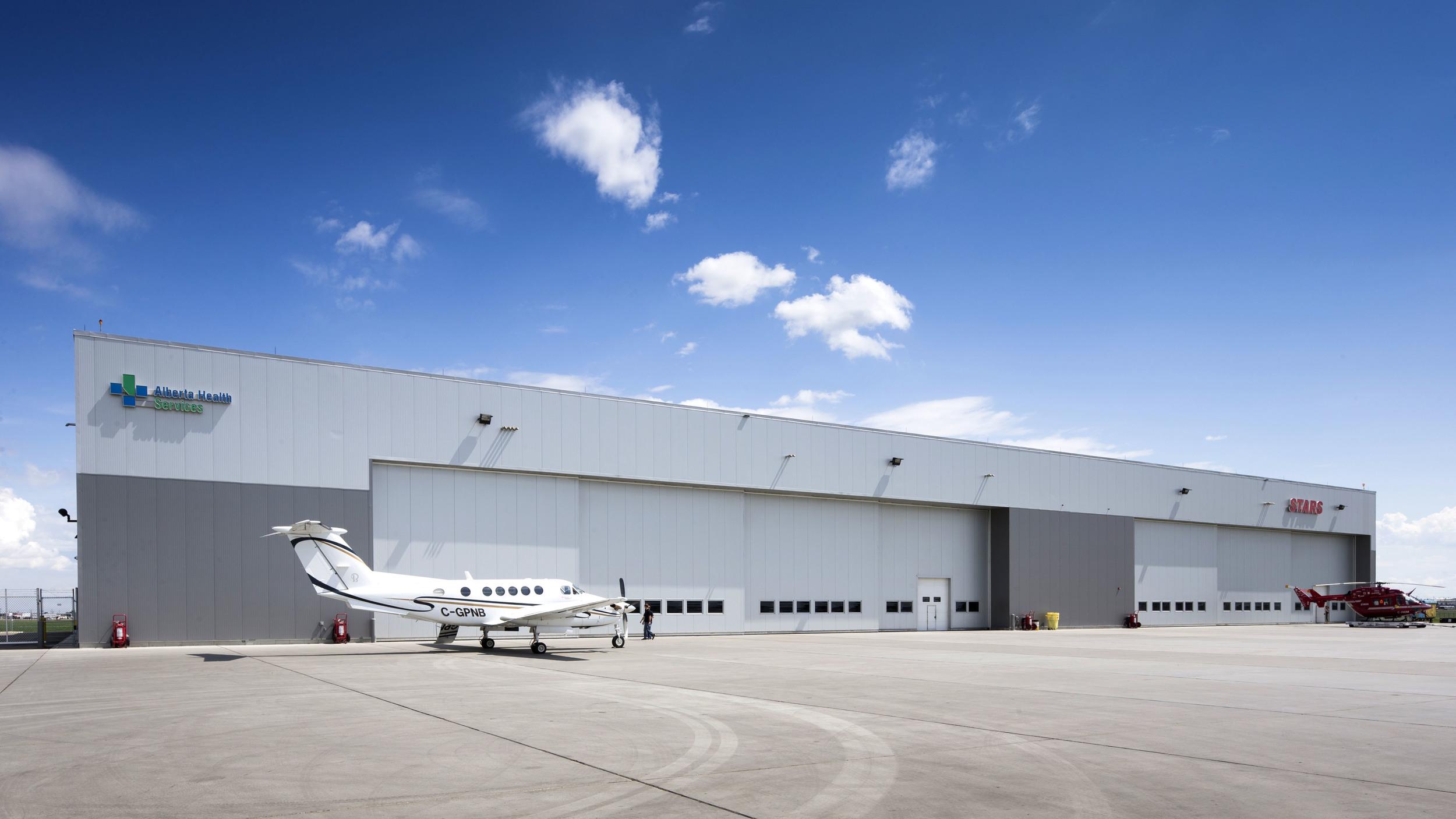 2015_025_YEG_Hangar-1647.jpg