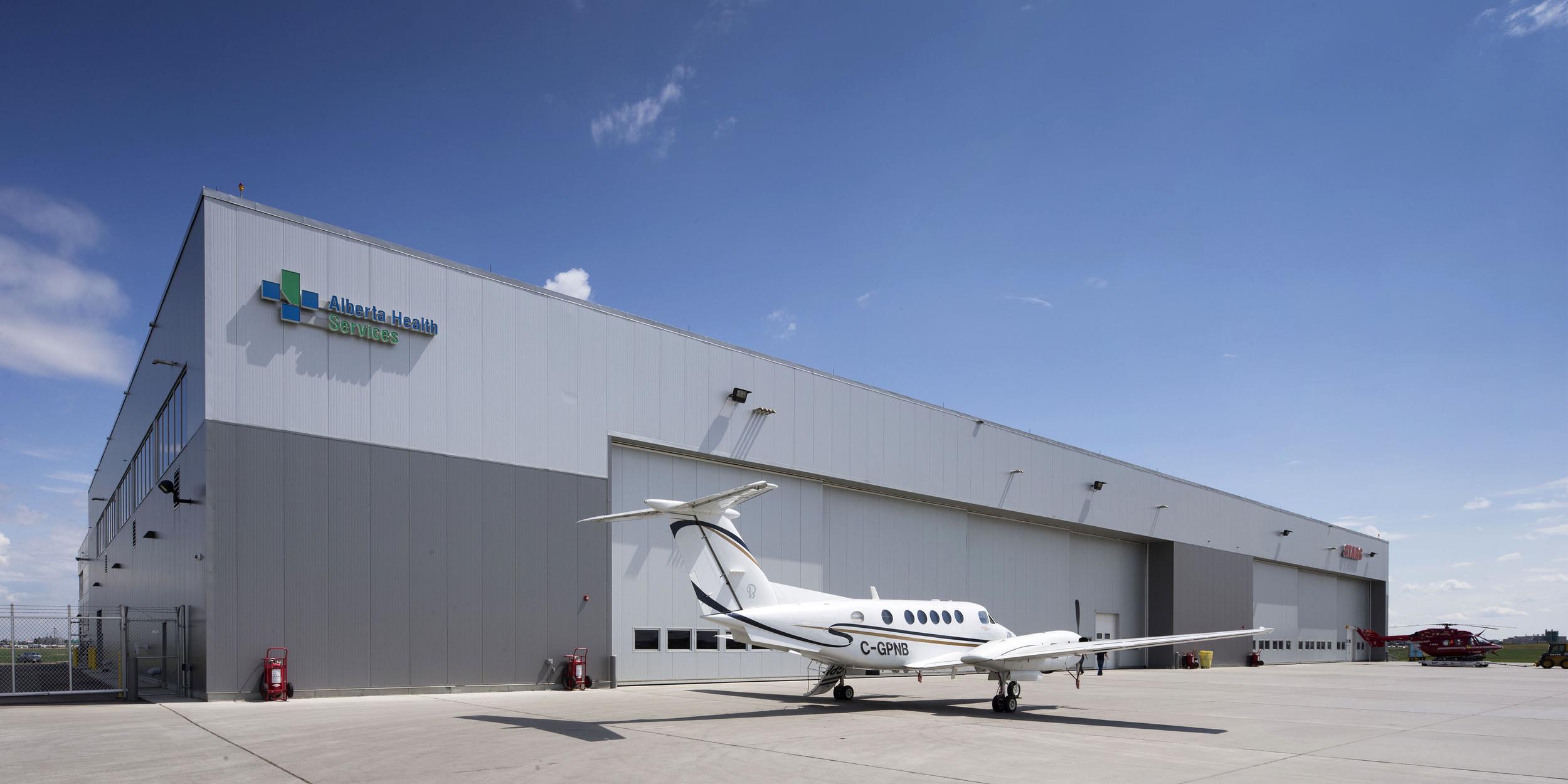 2015_025_YEG_Hangar-1651.jpg