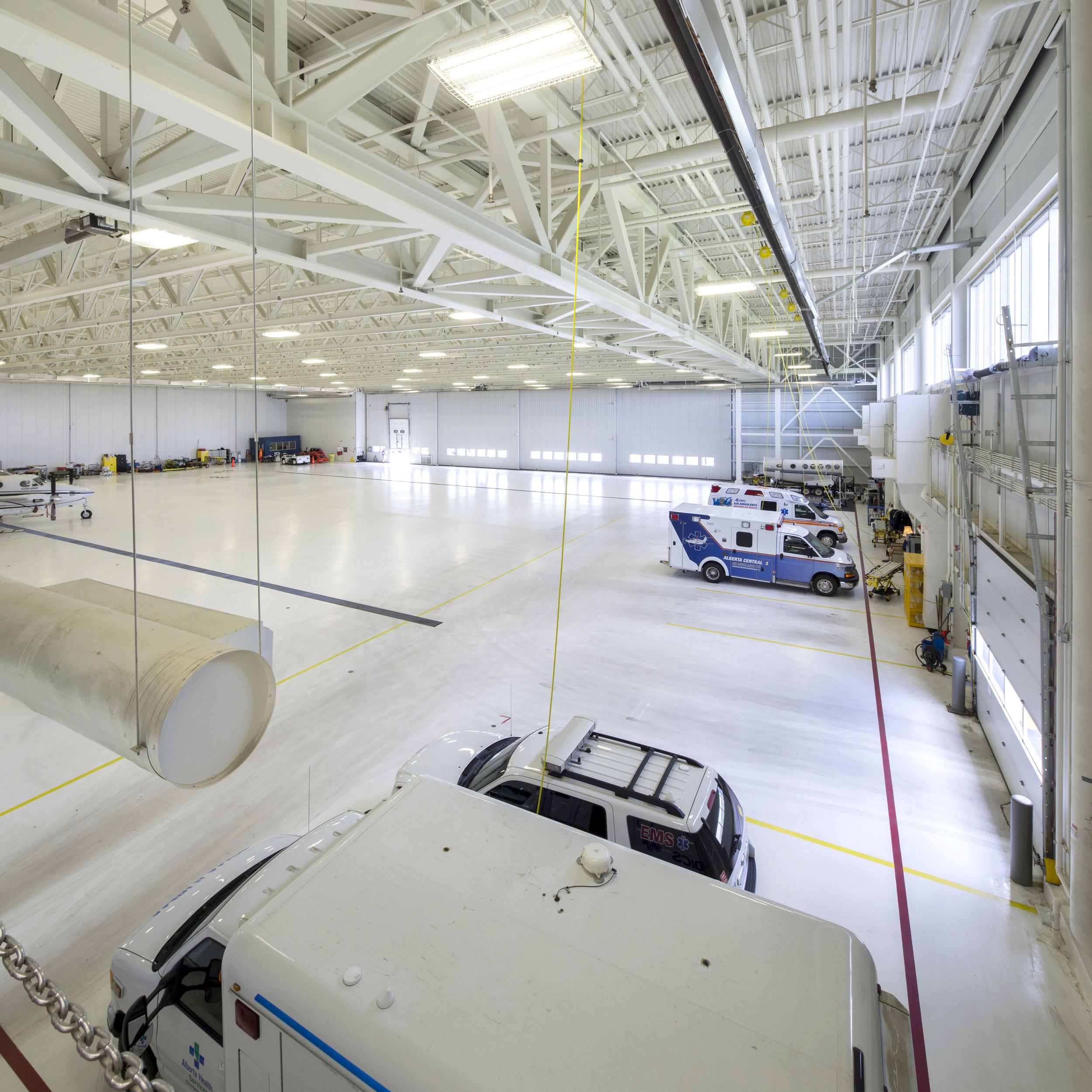 2015_025_YEG_Hangar-1703.jpg