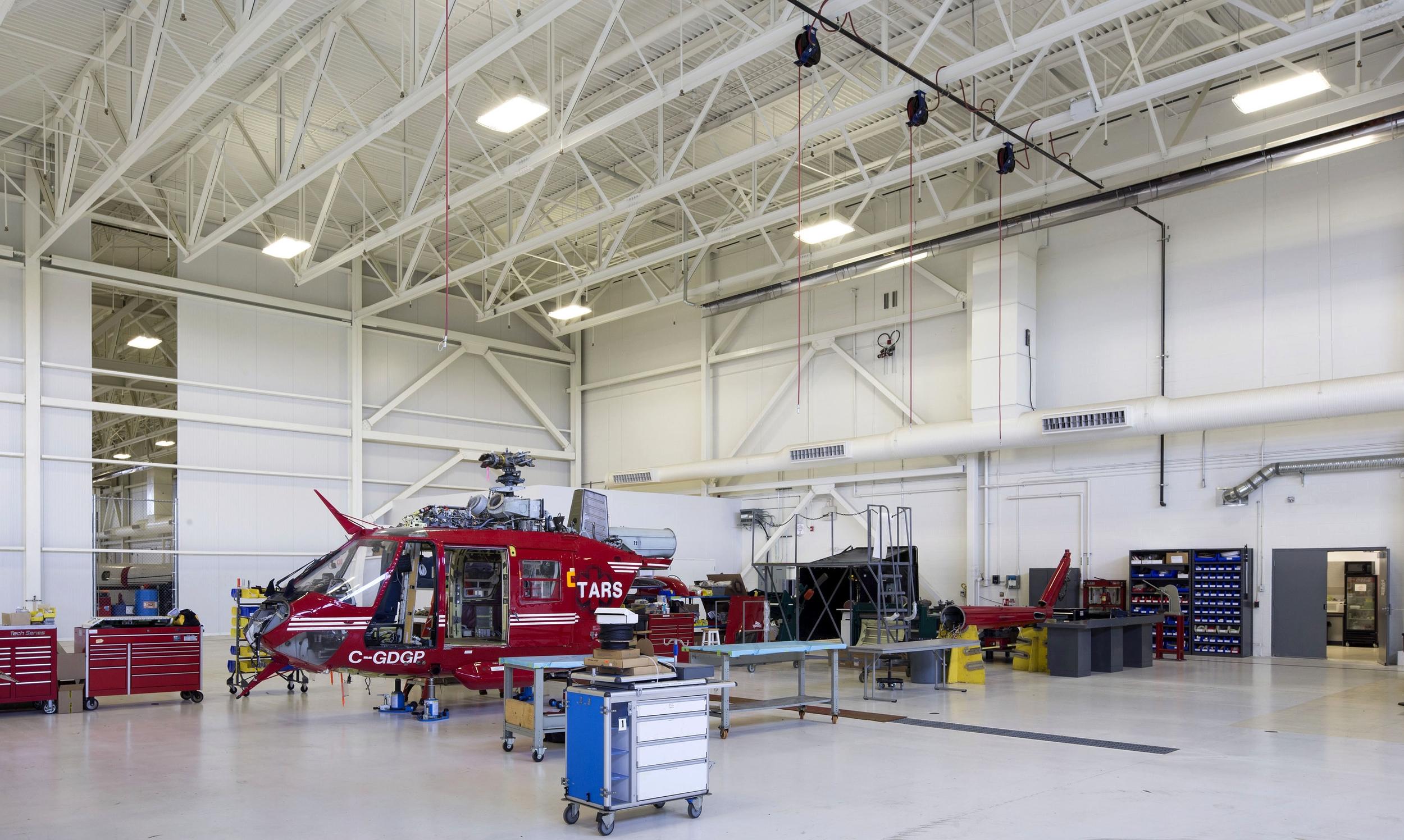 2015_025_YEG_Hangar-1613.jpg