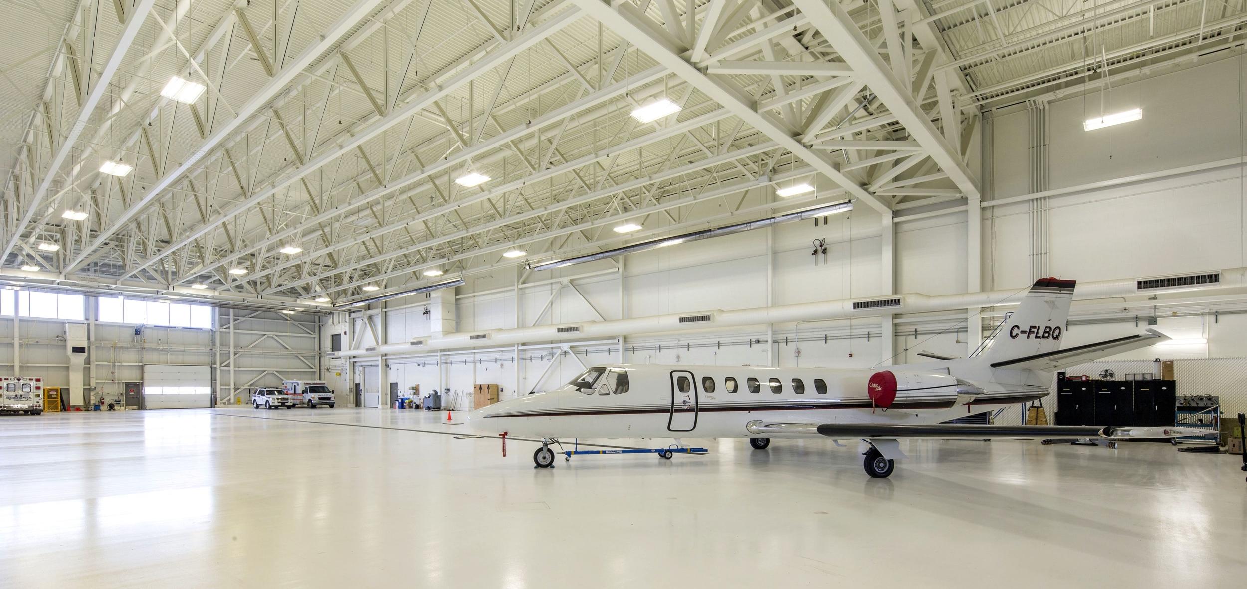 2015_025_YEG_Hangar-1671.jpg