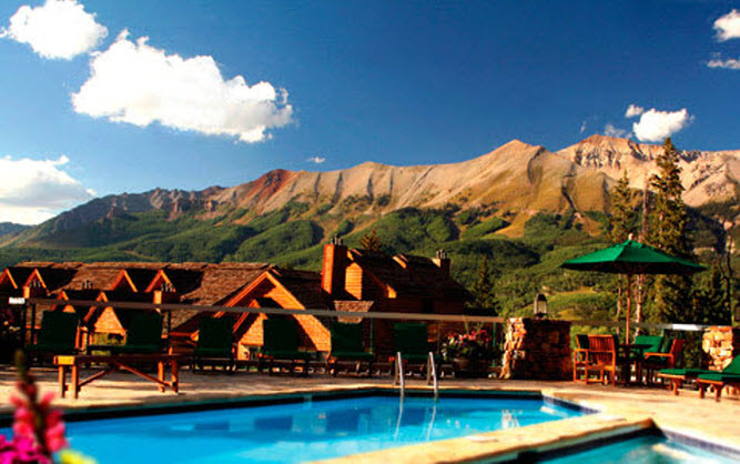Telluride Cabin Lodge Pool.jpg