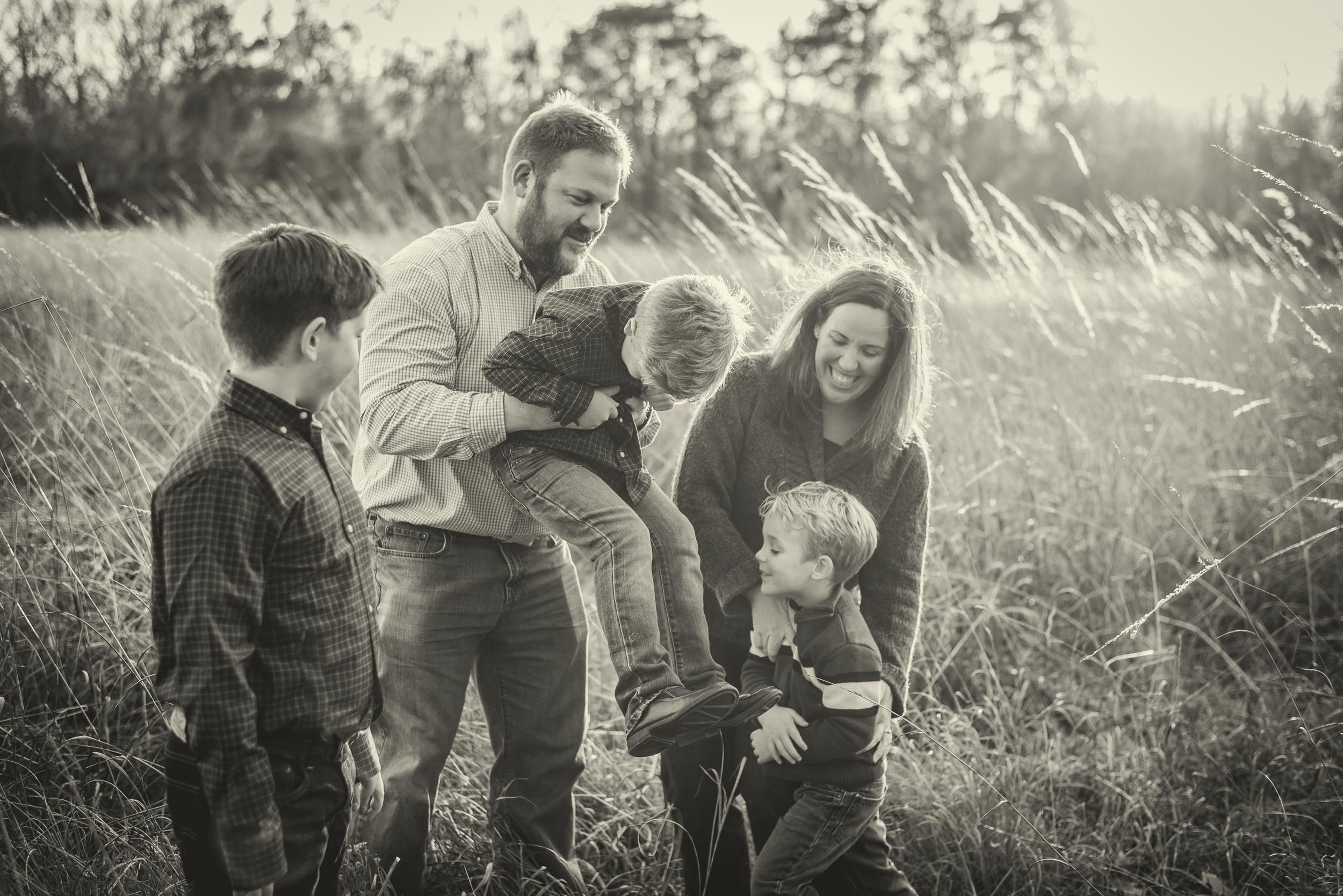 Bohlman_Fall_Family_Photo_Session_Maryland_Eastern-Shore_Adkins_Arboretum(5of11).jpg