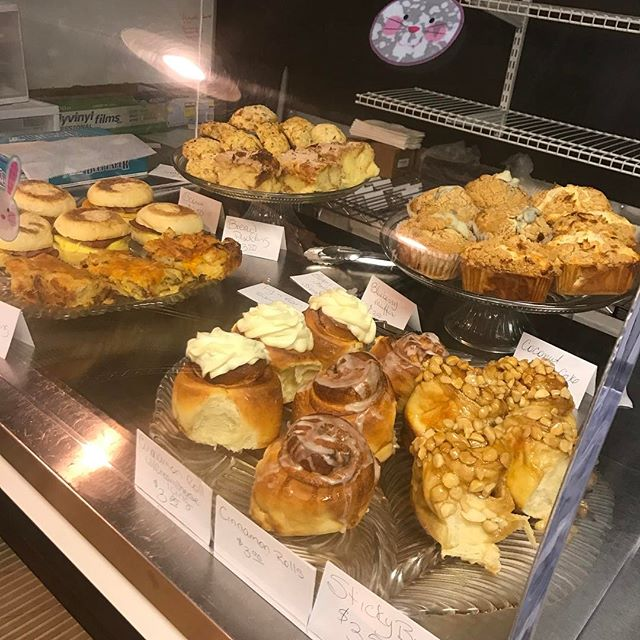 Monday mornings Treats #viptreatsandsweets #scones #stickybuns #breakfastsandwich#yummyfood #fastbreakfast #eatlocal #blueberrymuffin #coconutcoffeecake