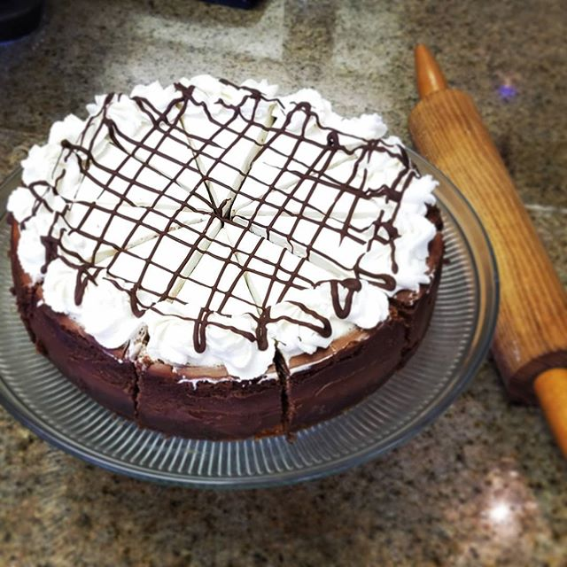 Chocolate cheese cake with a Chocolate chip cookie crust!!! #cheesecake #chocolate #chocolatechip #cookies #kauaigrinds #eatlocal #viptreatsandsweets #sweets