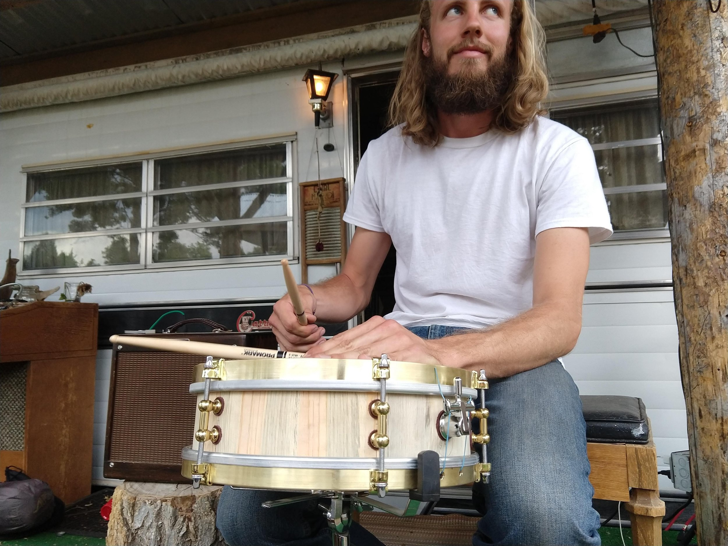 Tobias of Cloverlick Banjo Shop with the Songscape drum.