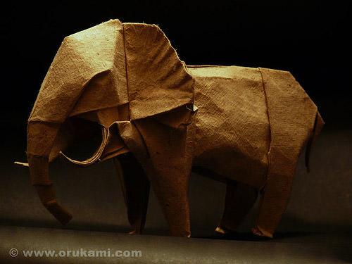 elephante_paper.jpg