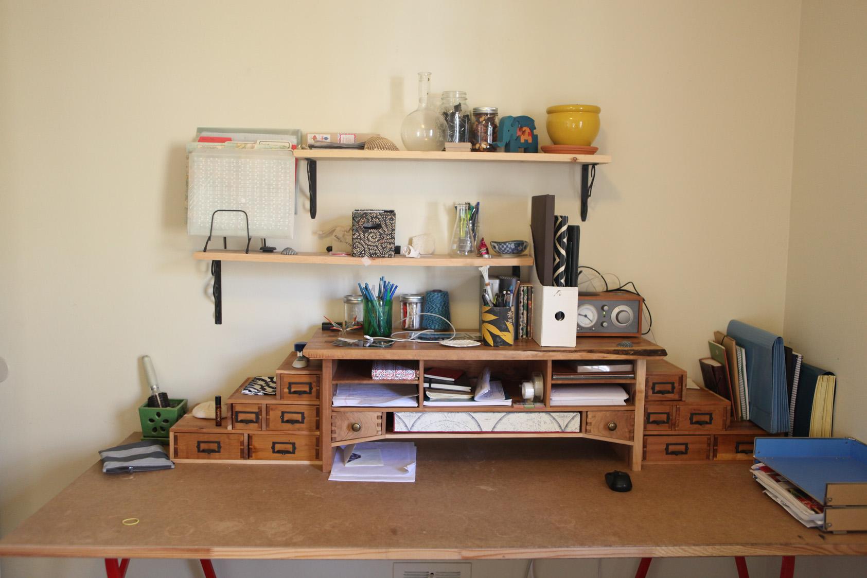 The Desk Hutch