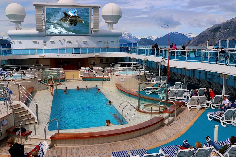 LidoPool-Alaska-IMG_4214.jpg