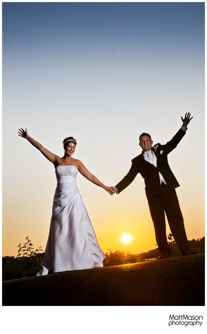 Sunset wedding photo echo park