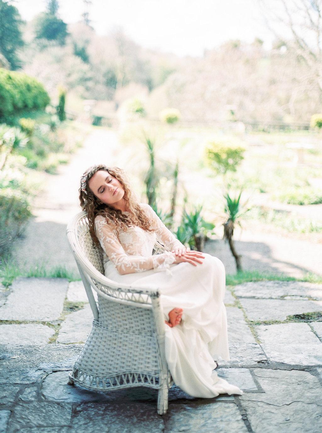 WeddingSparrow-PhotographybyIntoTheLight-Macias-lordan.com-ONLINESHARING(01dof50).jpg
