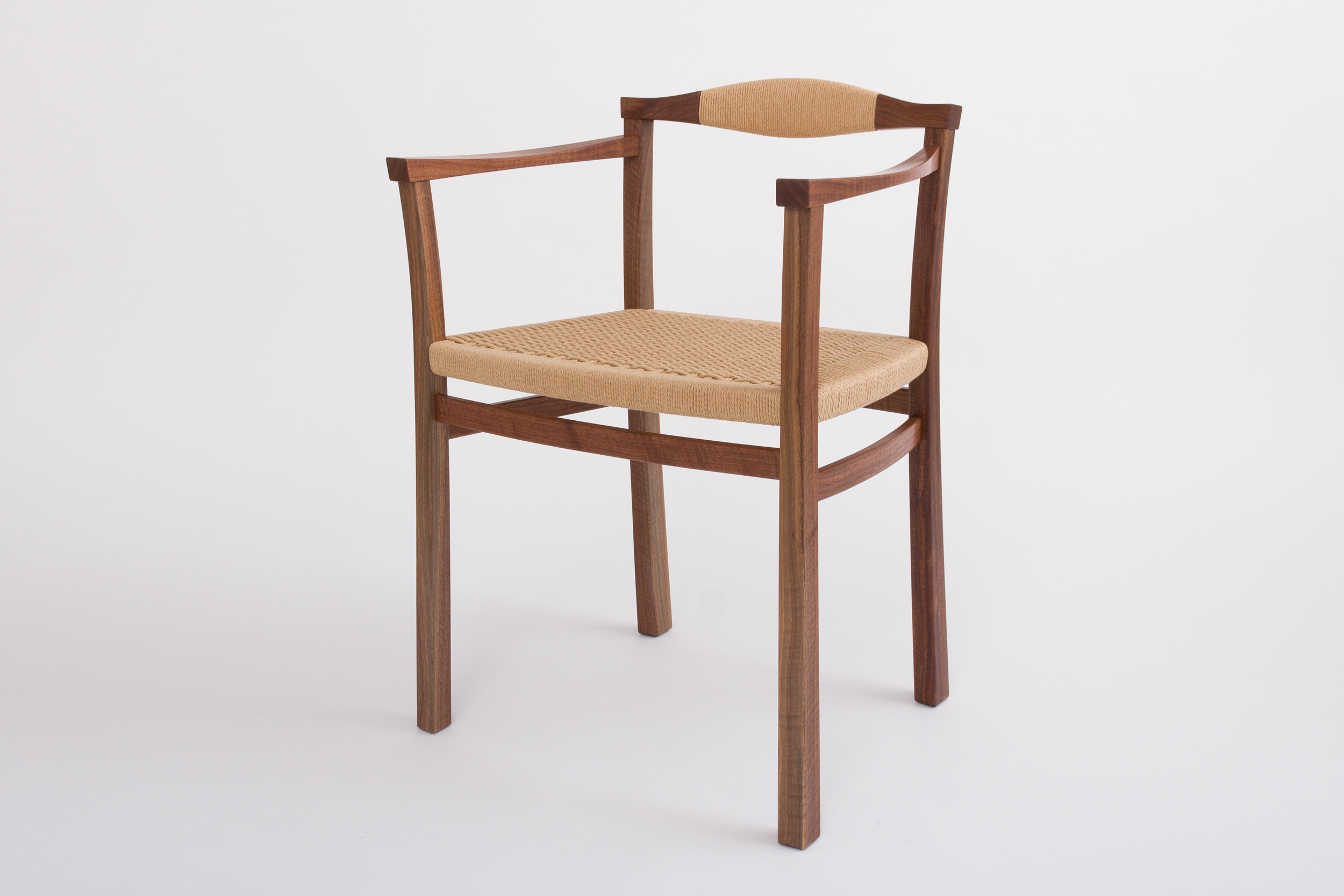 Upprätt Armchair in Black Walnut