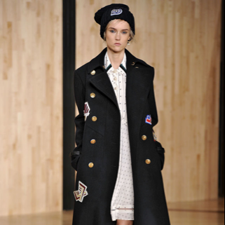 Last but not the least in Talize collection of top 5 winter trends this 2016 is the navy overcoats. Though the camel coats have been prevailing in the fashion industry till last winter, this year it's the turn of navy overcoats. Camel coats are sure easy piece of clothes that go with denims, evening wears, and everything else and yes we still love them, yet we at Talize think the neutral-outerwear has finally met its match with this fall's Navy-inspired overcoats. Choose some with gold buttons or something embellished. They look as classy and versatile along with a bit dramatic look.