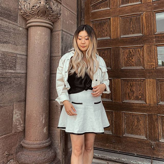 📸@thereshegoesyt Rockin' this skirt from @talizethrift and slowly trying to transition from summer to fall outfits 🍂 #TalizeTreasures #talize