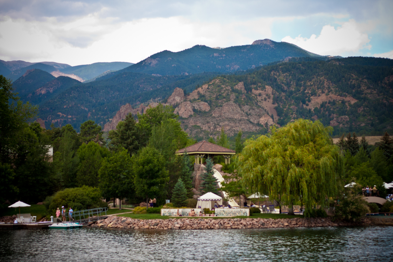 Cheyenne_Mountain_Lodge_001.JPG
