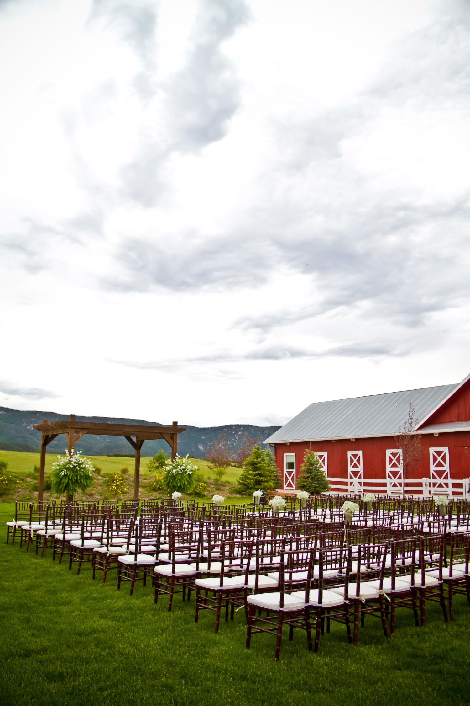 Crooked_Willow_Farms_Wedding_025.JPG
