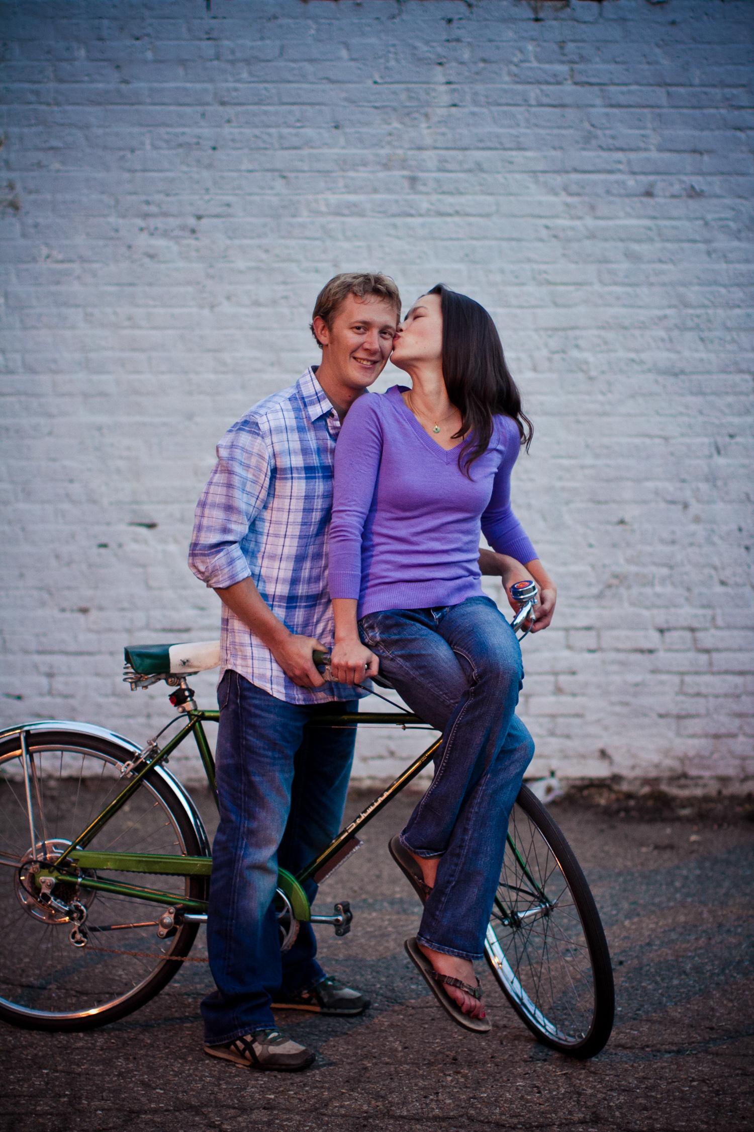LoDo_Denver_Engagement_Photos_036.JPG