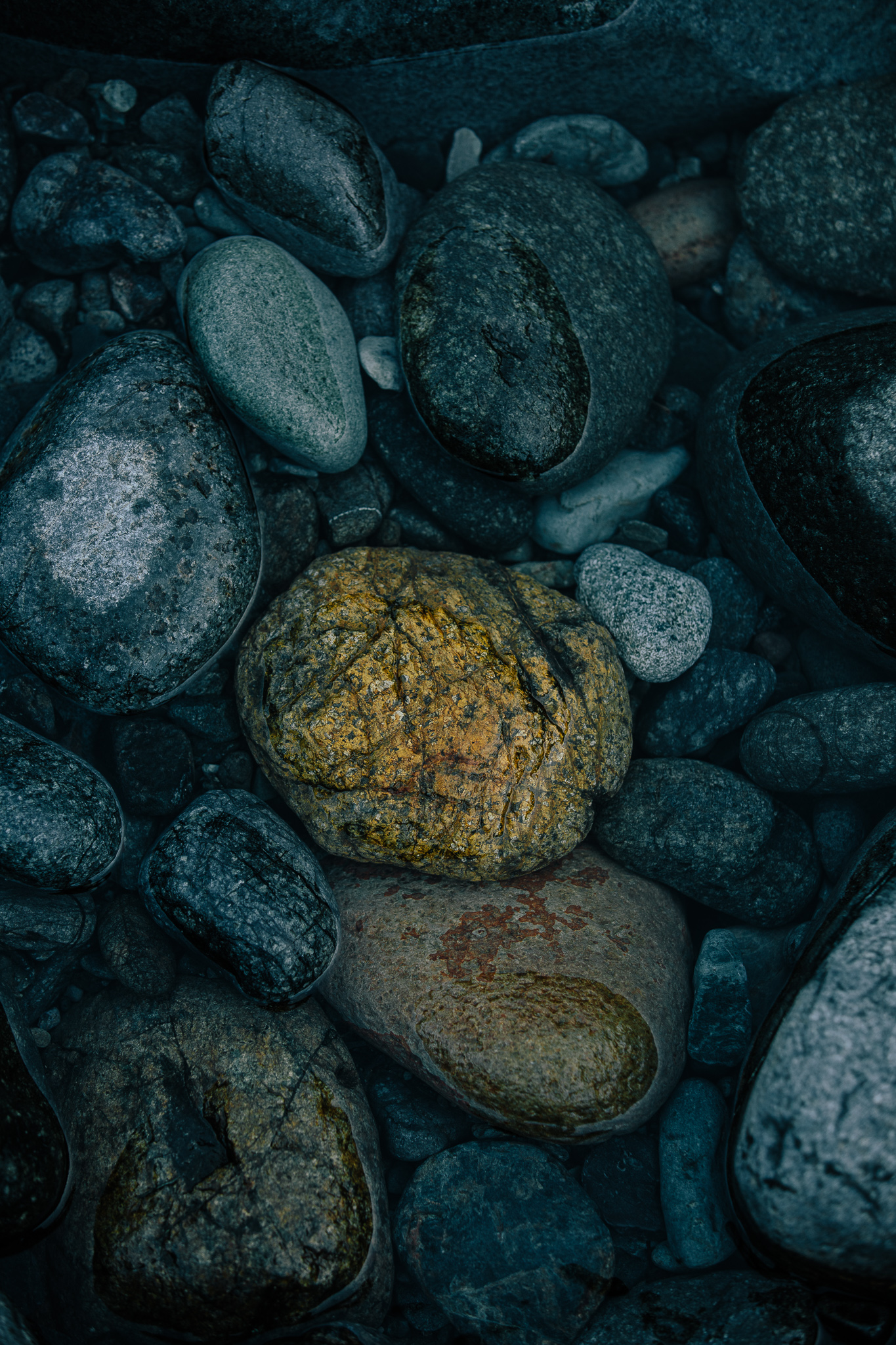 river rock gold.jpg