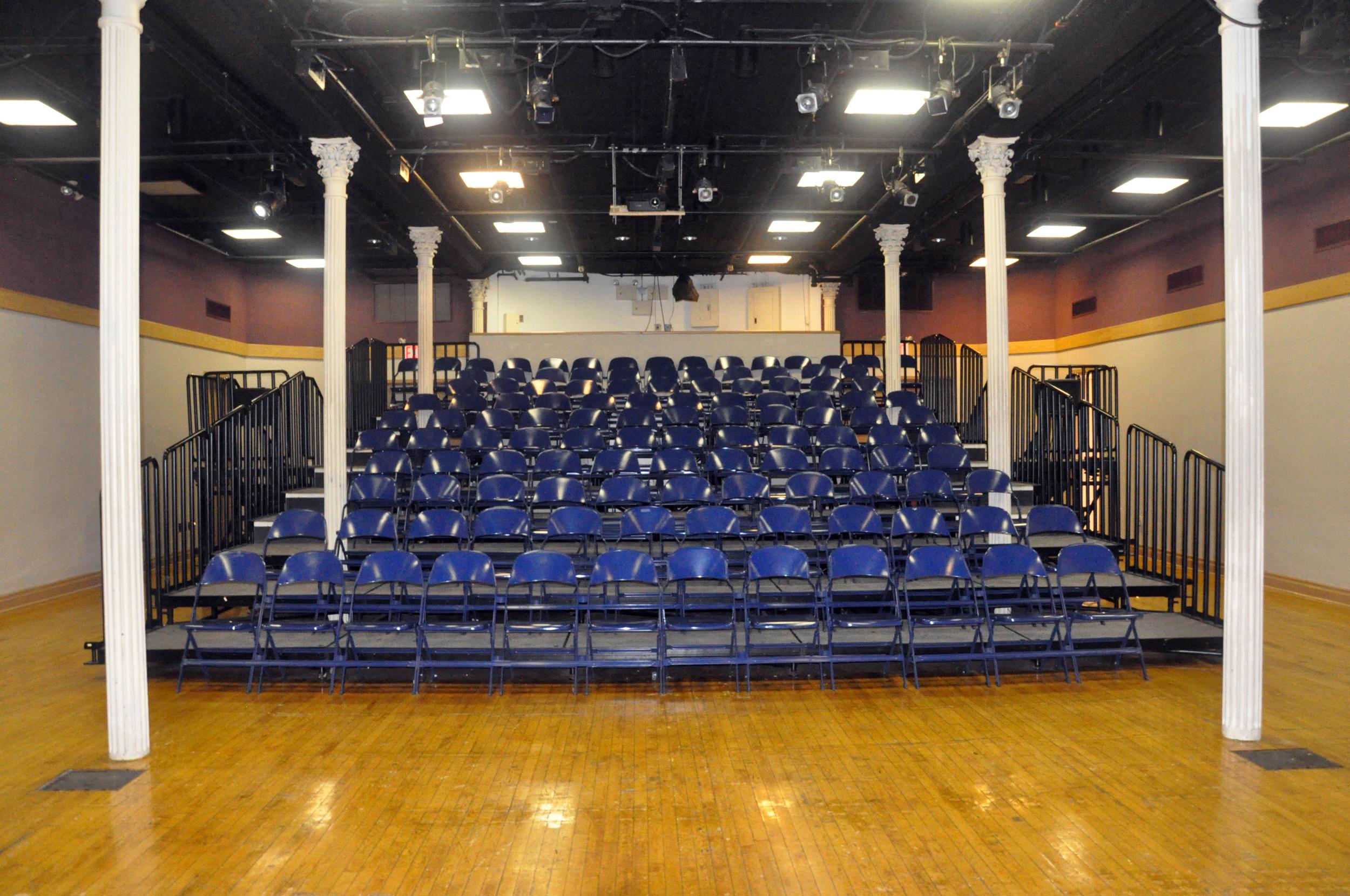 JdB Theater 1.JPG