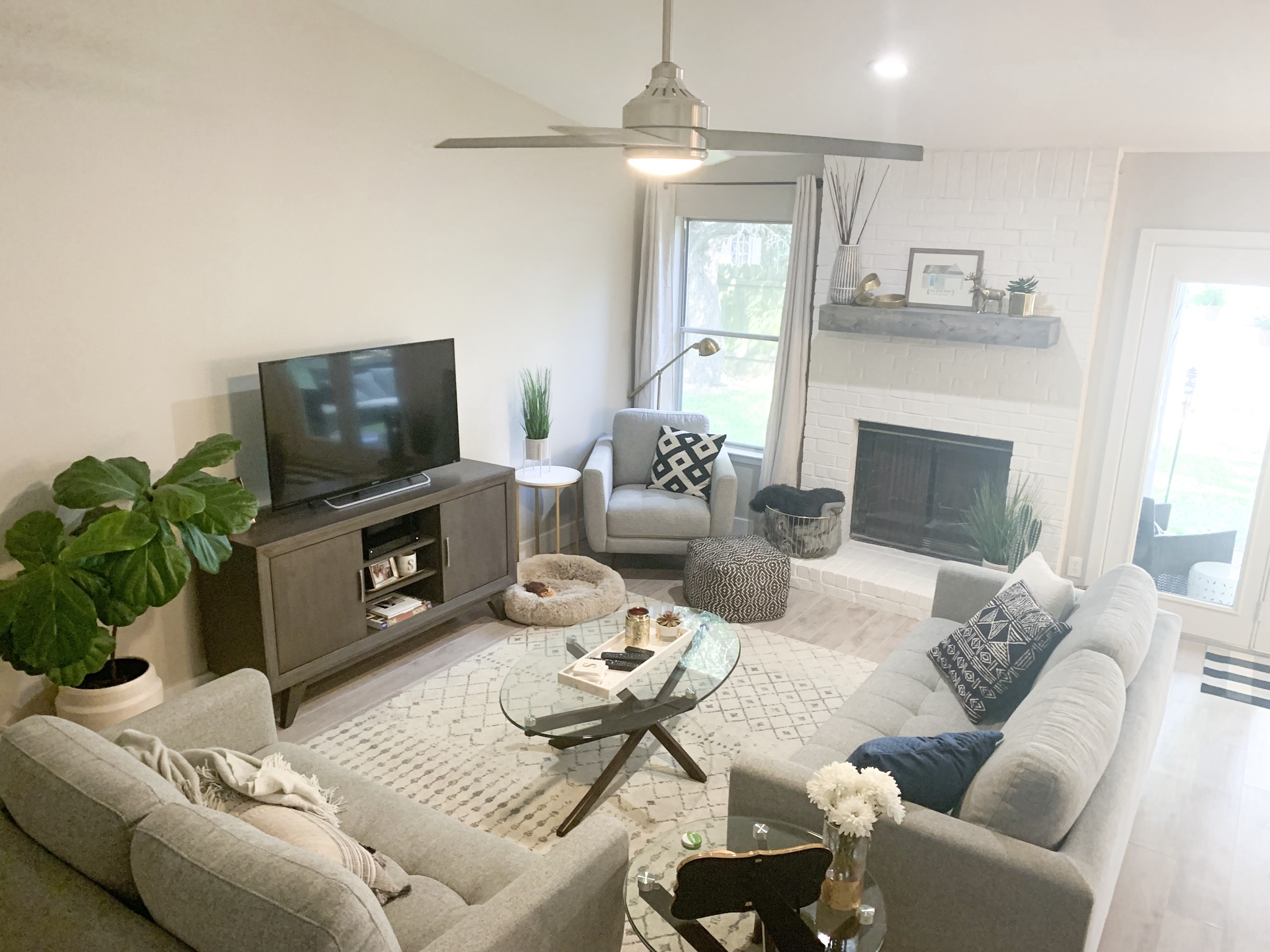 Living Room Decor
