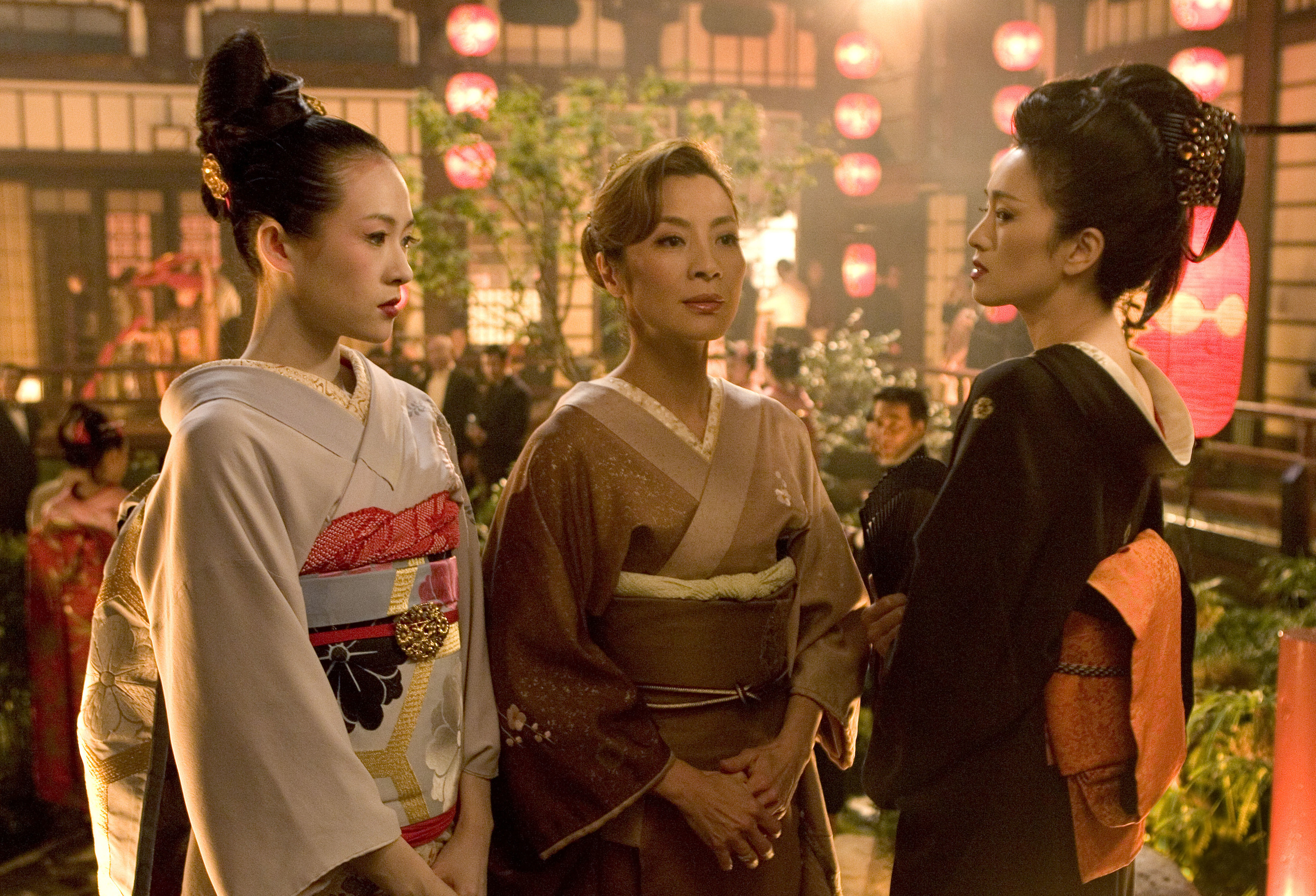 Zhang Ziyi, Gong Li , and Michelle Yeoh- Memoirs of a geisha 2005