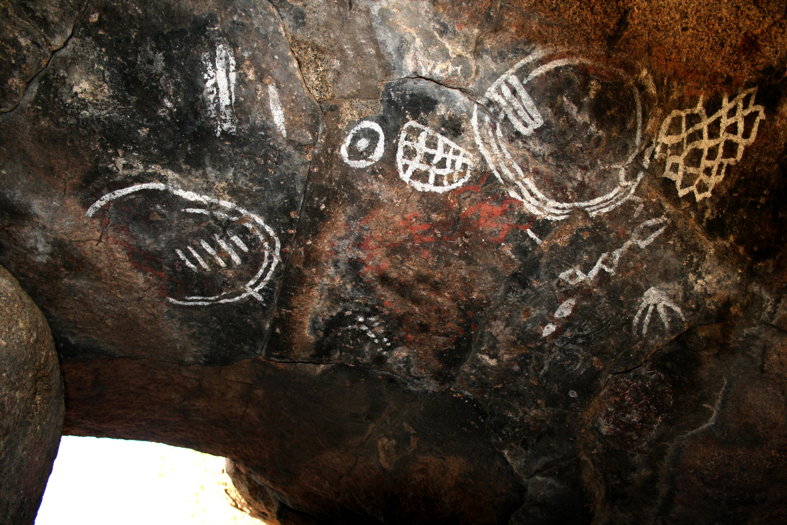 Luiseno Indian Pictograph. Matthew Robinson, Flickr.com.