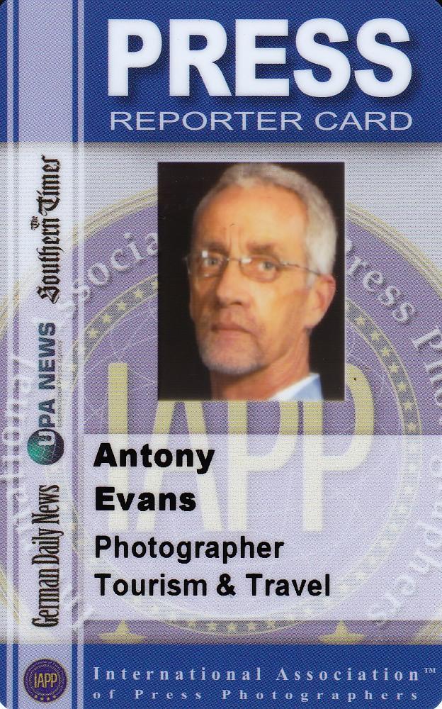 Press Card 1a.jpg