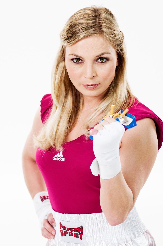 Regina Halmich | Pfizer Deutschland 'Rauchfrei-Kampagne'