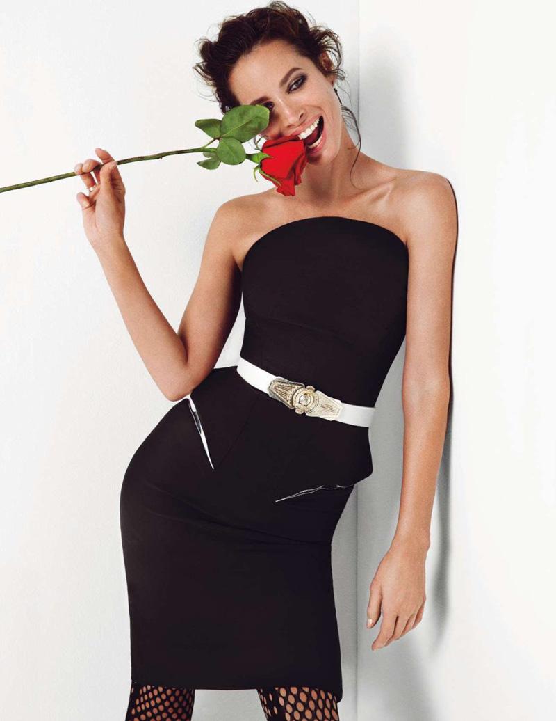 Christy Turlington Vogue Paris January 2013-002.jpg