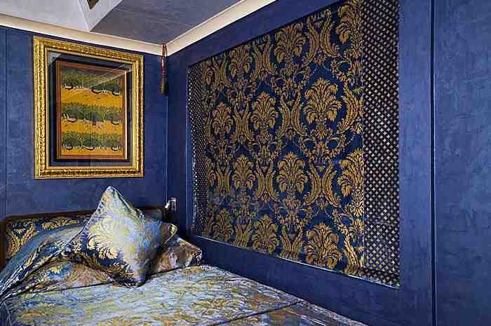 bluebedroom.jpg