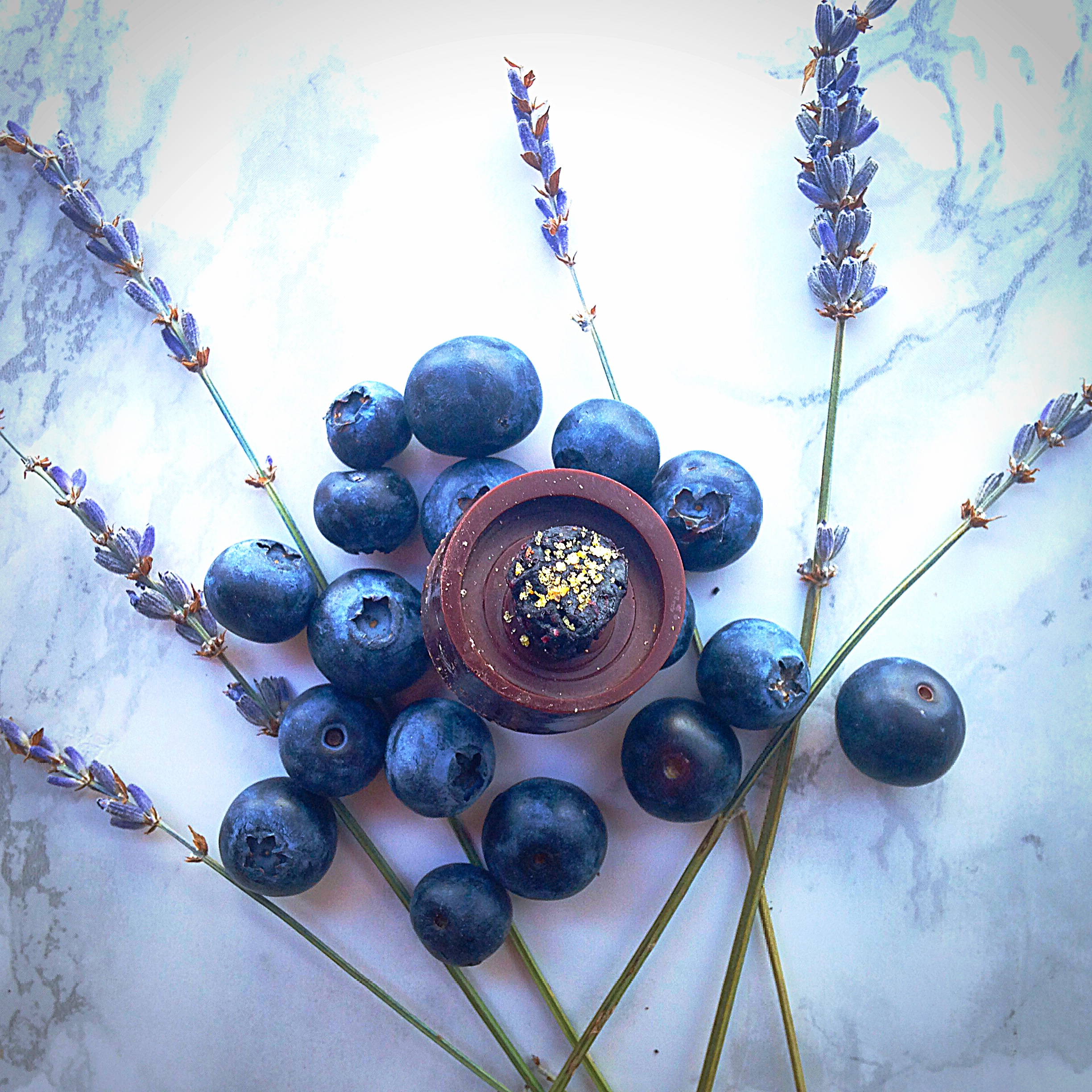 lavender_blueberry_raw_chocolate