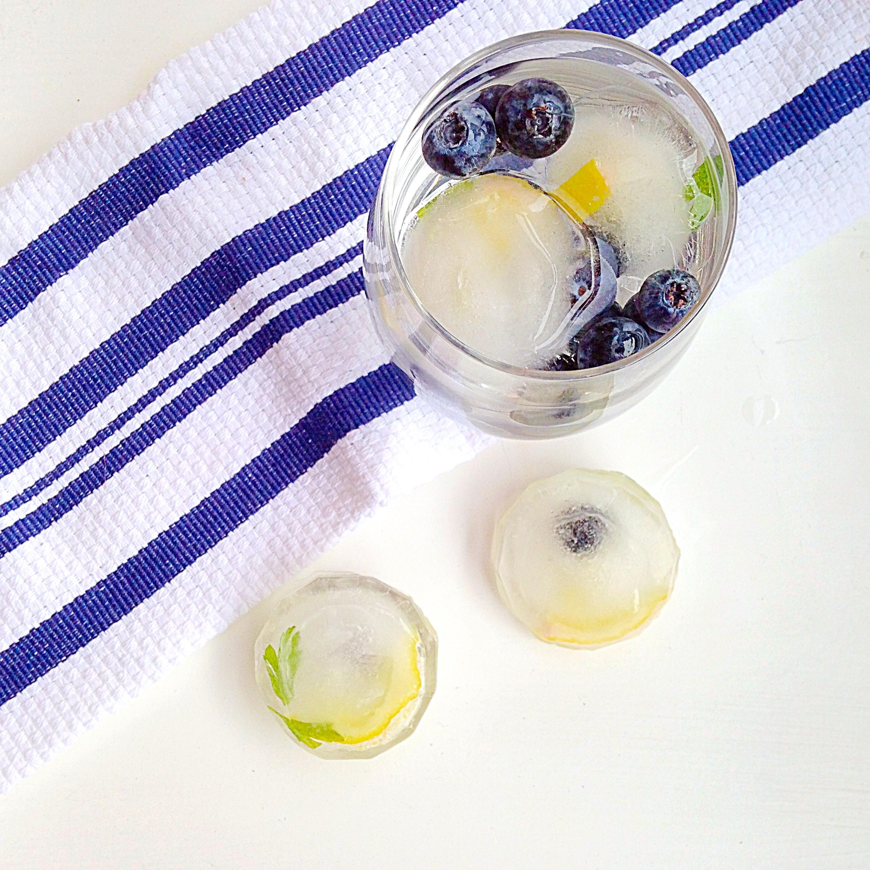 lemon_blueberry_beauty_water