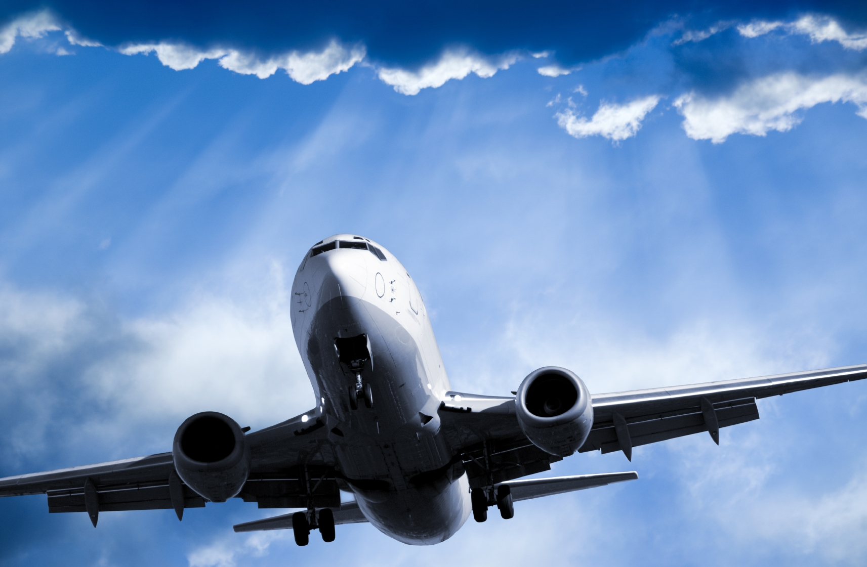 five-ways-airline-travel-will-empty-your-bank-account.jpg