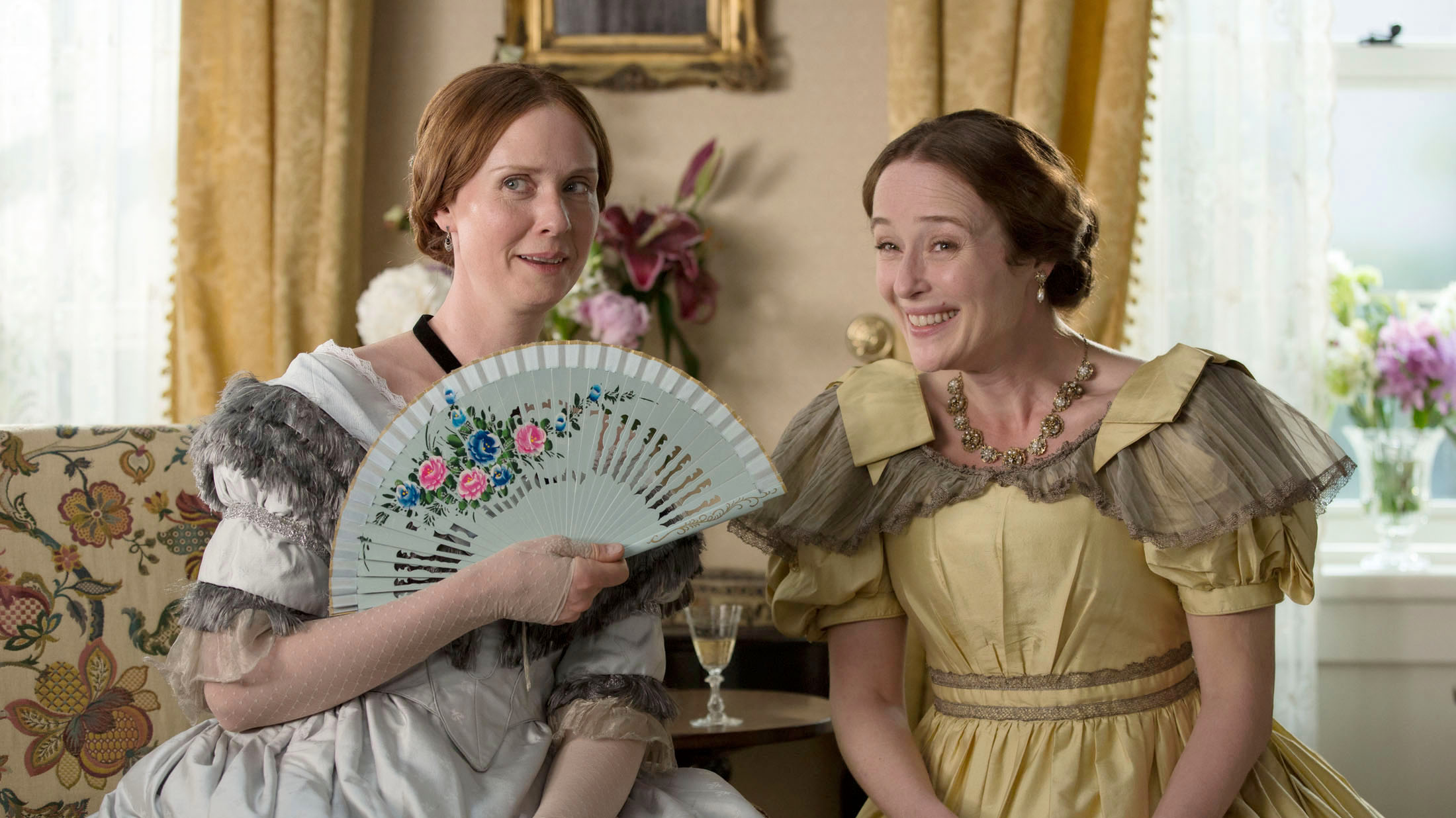 Cynthia Nixon & Jennifer Ehle in A QUIET PASSION directed by Terrence Davies - DoP Florian Hoffmeister. Courtesy Hurricane Films/Potemkino