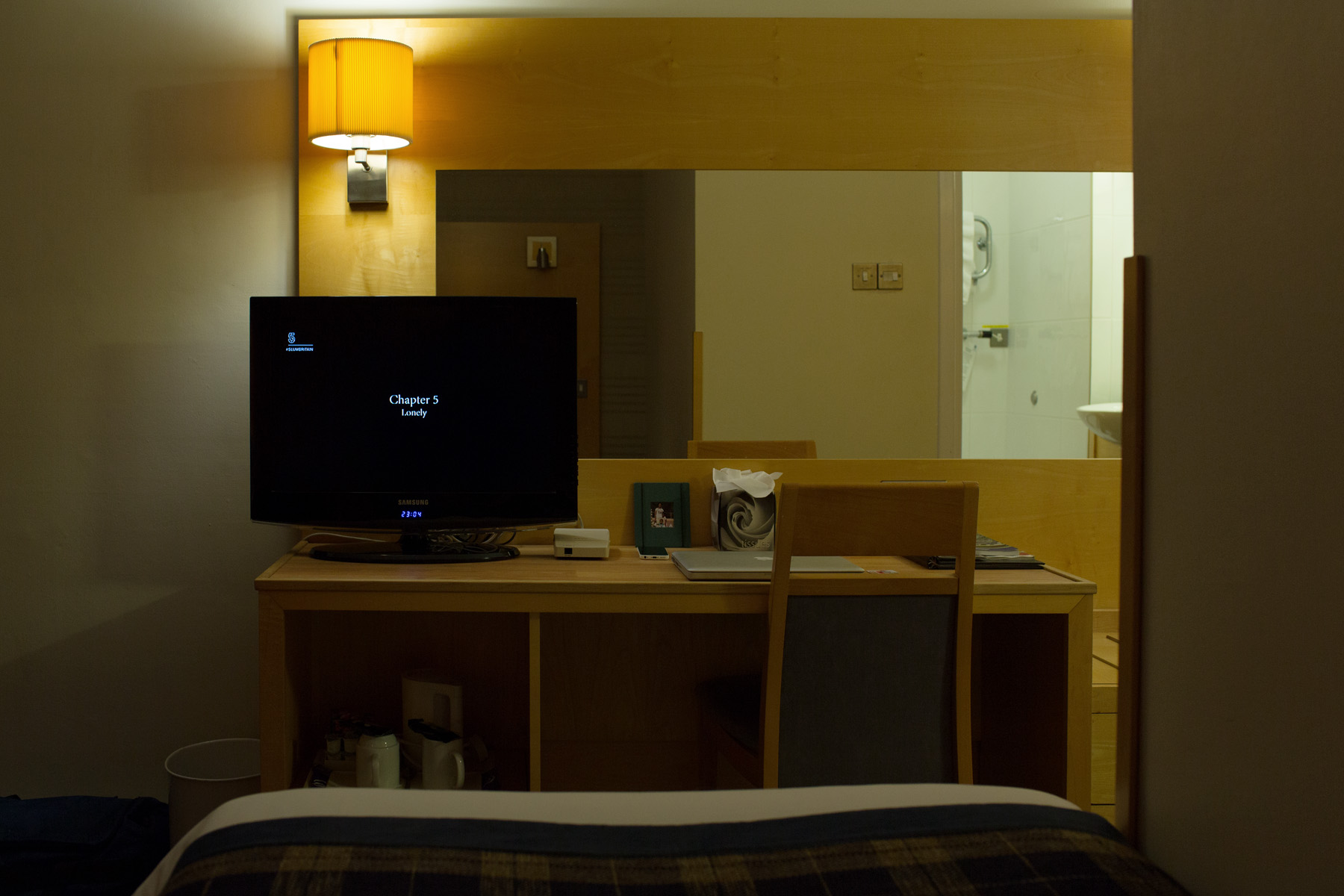 HotelRoom#04-(c)JoVoets.jpg