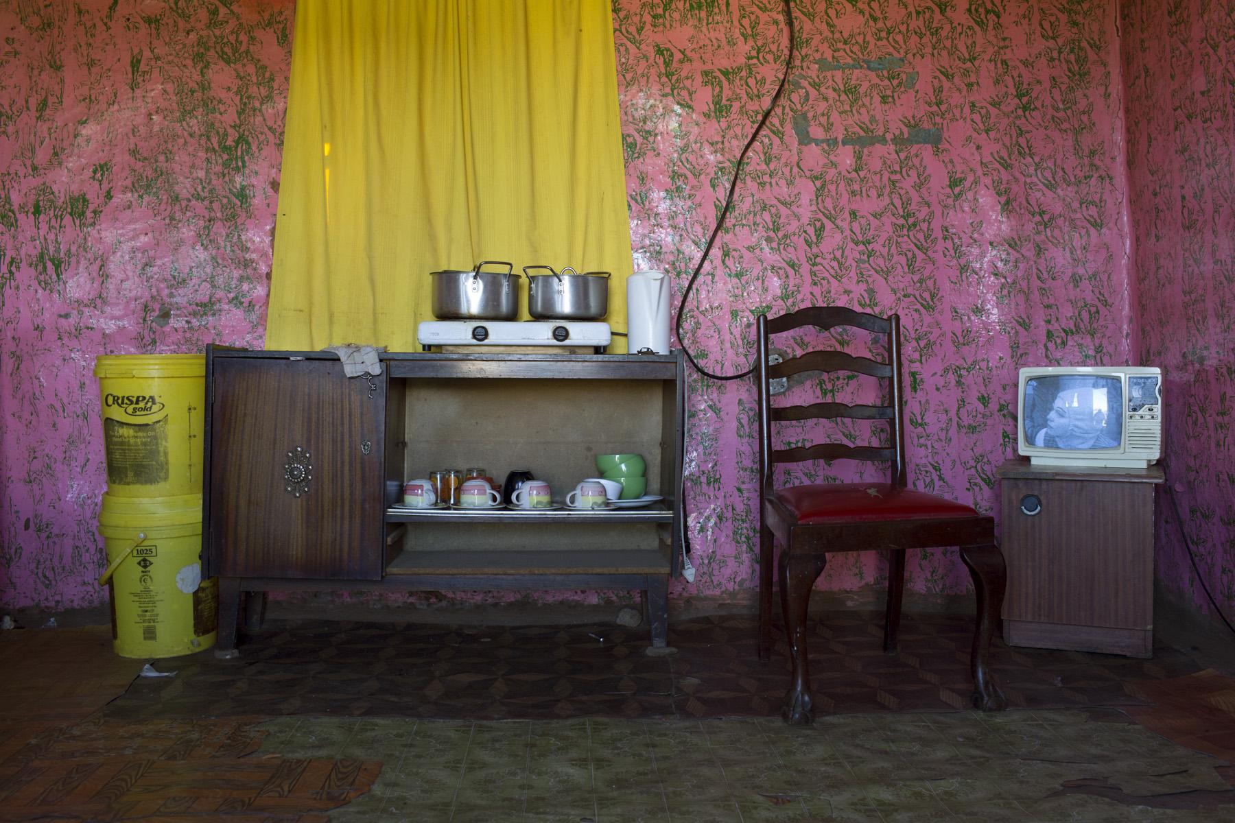 HotelRoom#10-(c)JoVoets.jpg
