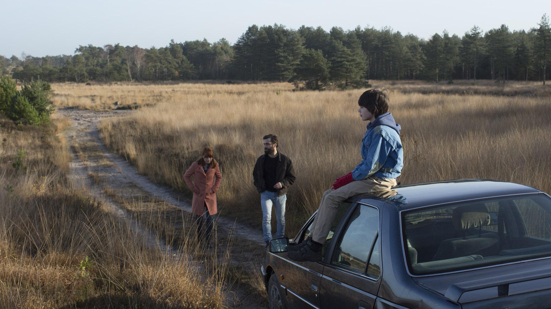 Kimmy Ligtvoet, Steven Michel & Leonard Van Iseghem in L' INFINI directed by Lukas Dhont (KASK 2012) - DoP Rik Zang