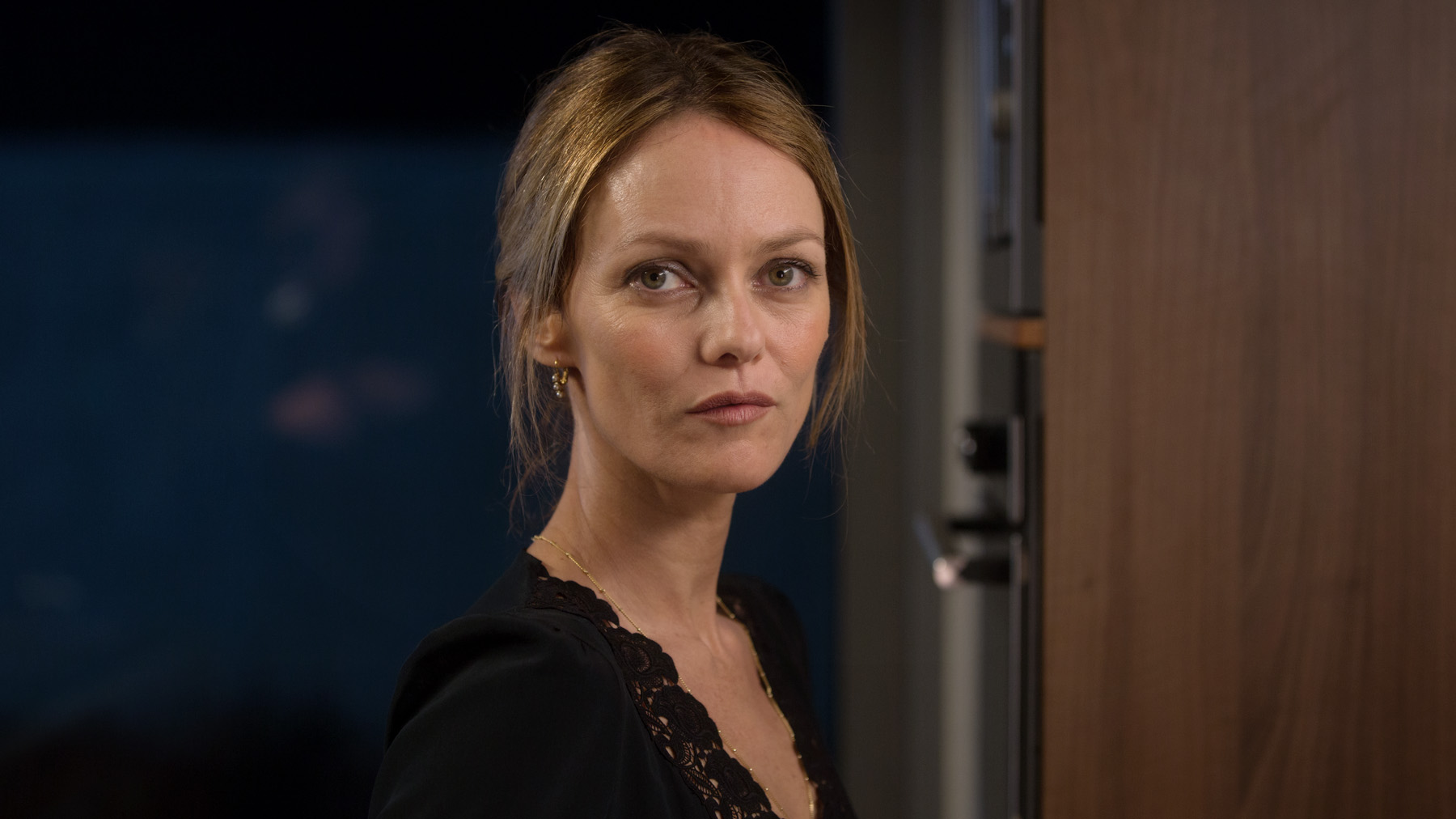 Vanessa Paradis in CHIEN directed by Samuel Benchetrit - DoP Guillaume Deffontaines. Courtesy A Single Man Productions/ UMedia