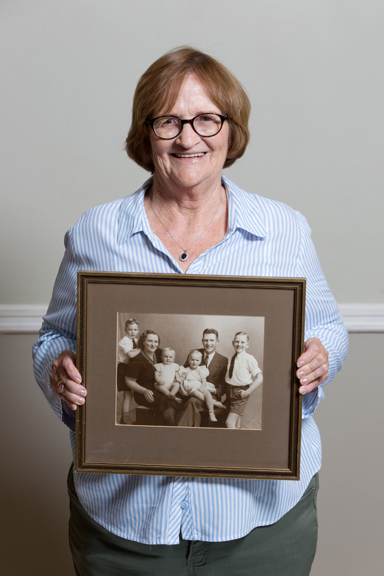 Barbara is the one sitting on her father's lap. She had three brothers: Patrick, Ralph and Freddy, the family's youngest.