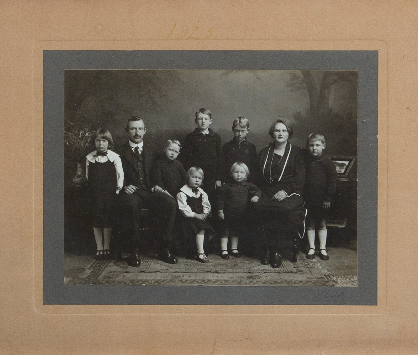 Barbara's grandparents, Frederic and Irene Prior (1925). Barbara's father Errol is the tall boy standing in the middle.