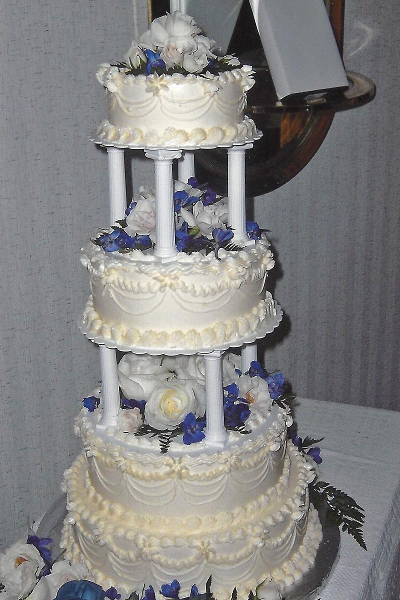 wedding-cake-vermont-crows-bakery-4.jpg
