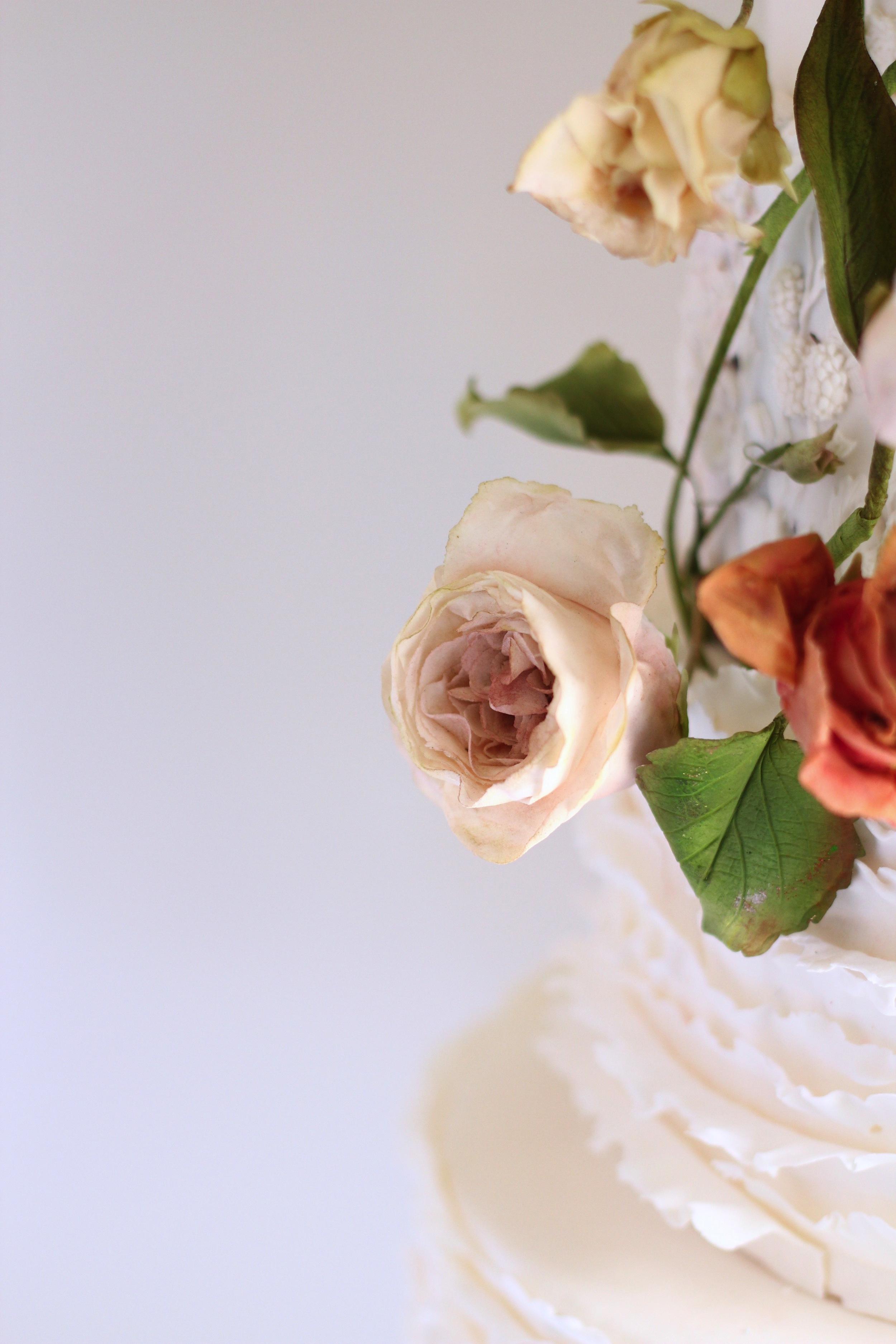 garden roses made of sugar by jaime gerard cake