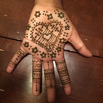 Henna_1.jpg