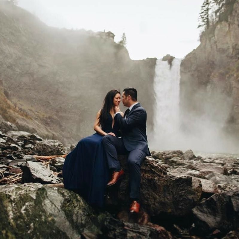 Engagement  Book your wedding and engagement session, what a perfect time to get acquainted.