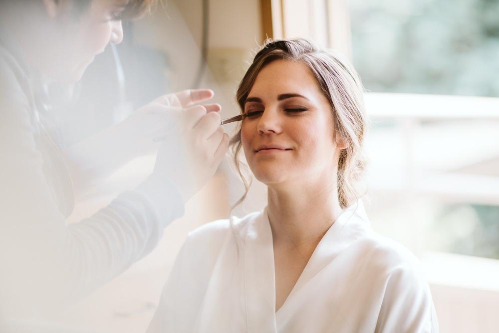 Hiring A Professional Hair And Makeup