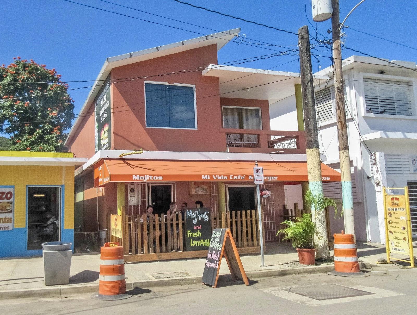Mi Vida Cafe Exterior