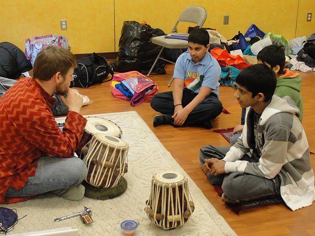 Explaining Tabla to some interested young students :)