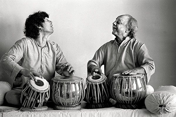 Ustad Zakir Hussain with his father, Ustad Alla Rakha