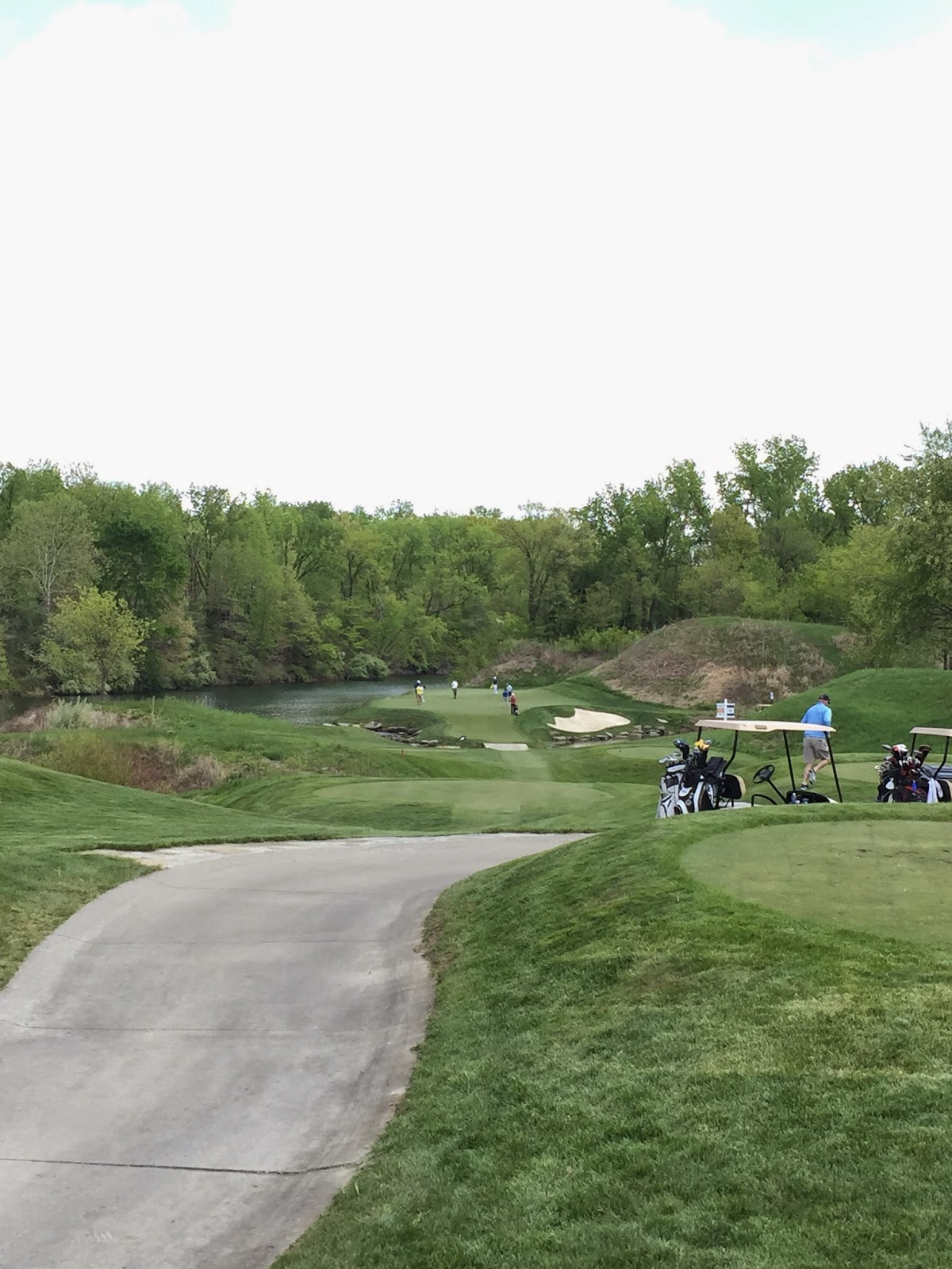 The 16th hole at Victoria National.