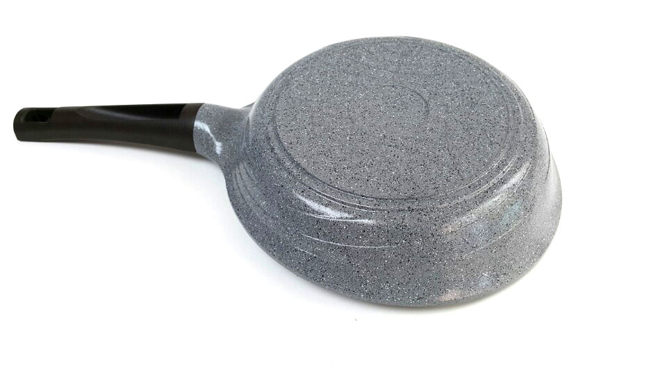AQUIVER FRYING PAN